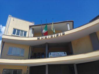 Il palazzo comunale di Lariano