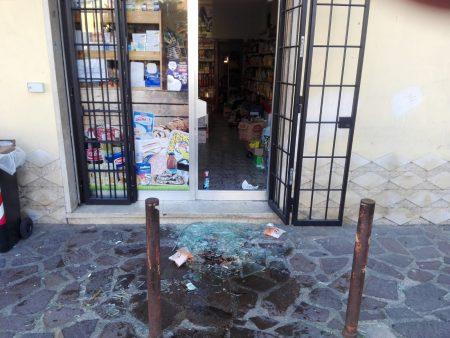 41enne artenese arrestato: aveva distrutto la vetrina di un negozio a Valmontone