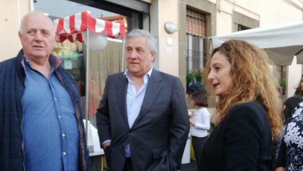 """Tajani da Artena (RM): """"Senza governo di centro destra non si risolve la disoccupazione"""""""